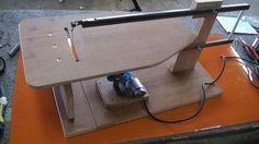 Maquina de marquetería casera 2.3 partes http://youtu.be/z_1uB6g2aUQ Maquina de marquetería casera 3.3 partes https://youtu.be/gNDf149Ja2o Armas de juego htt...