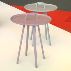 bijzettafel frozen - tafeltje 'TOR' (Lambie en van Hengel 2010)