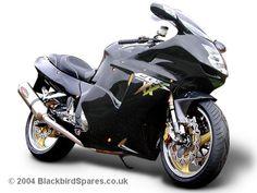 Gold trim!! Honda Sport Bikes, Honda Motorcycles, Honda 1100, Bike Pic, Sportbikes, Hot Bikes, Top Cars, Cbr, Inventions