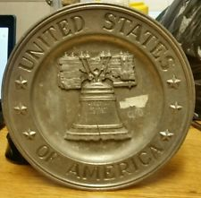 vintage United States America USA Sexton wall decor 1972 metal plate dish 5012