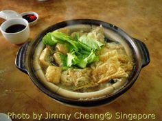 ~ Hot, spicy and yummy. Bak Kut Teh with bean curd skin and mini tau-pok.