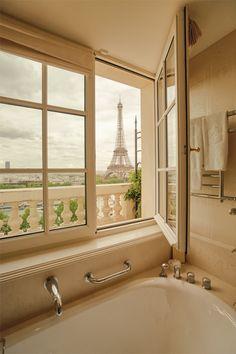 Hotel, Paris