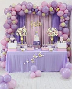 Balloon Garland Floroal Installation Floral Garland Foil Balloon Pastel Balloons Smash Cake First Birthday Party Butterfly Baby Shower, Baby Shower Purple, Baby Girl Shower Themes, Girl Baby Shower Decorations, Butterfly Birthday, Baby Shower Centerpieces, Butterfly Table, Shower Baby, Girl Birthday Decorations