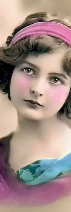 Pink beauty!!! Bebe'!!! Love her rose pink cheeks!!!