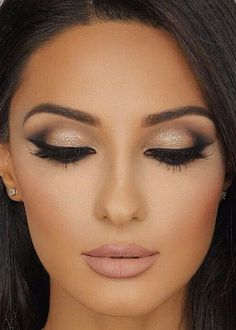 Party Makeup Brown Eyes Simple Make Up 29 Best Ideas - . Party Makeup Brown Eyes Simple Make Up 29 Best Ideas - Simple Wedding Makeup, Wedding Eye Makeup, Natural Wedding Makeup, Bride Makeup, Prom Makeup, Natural Makeup, Trendy Wedding, Hair Wedding, Wedding Nails
