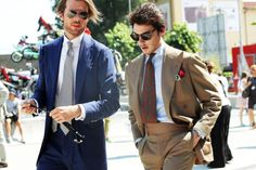 Solaro-suit-with-waistband-extreme-peaked-lapels-madder-tie