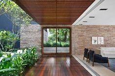 Studio Guilherme Torres. Casa AH © MCA Estudio