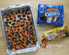 Hungry Happenings: Halloween Orange and Black Cookies and Cream Magic Bars
