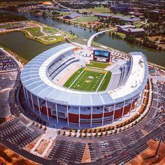 Baylor University's new McLane Stadium, Aug. College Campus, College Life, Football Stadiums, College Football, Magnolia Waco Tx, Waco Texas, Sports Stadium, Baylor University, College Dorm Decorations