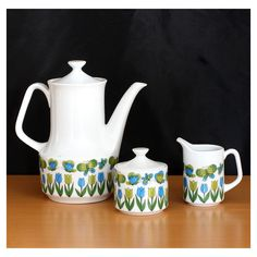 Vintage Ceramic Dreamland Tea Pot with by BoonieBoutique Sugar Bowls And Creamers, Kitchen Ware, Portobello, Tea Pots, Badge, Vintage Items, Shabby Chic, Mid Century, Victorian