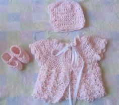 Gorgeous set made with very soft baby weight yarn, and ribbonWould ...
