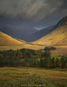Gleann Achadh-innes Chailien in the Scottish Highlands as the shadows darken.