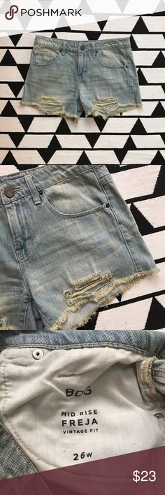 "BDG Midrise Freja Distressed Denim Shorts Urban Outfitters. In Vintage fit. Gently worn condition with no signs of wear. Waist 16"". Rise 9.5"". Inseam 3"". BDG Shorts Jean Shorts"