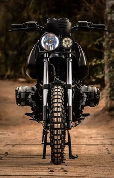 'Black King' BMW GS1100 – Lucky Custom
