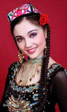 Uyghur Türk Kızı