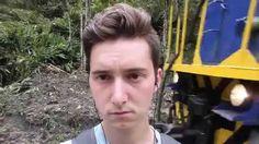 Jovem que levou um chute no rosto pode ficar rico graças ao YouTube