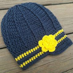 The Ryleigh Hat Facebook.com/BarnOwlCrochet #BarnOwlCrochet #Crochet #Handmade #Hat #WestVirginia #WVU #Mountaineers #Newsboy #Create #ThankYouJesus
