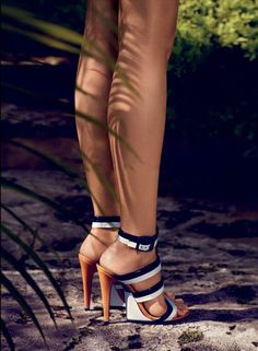 Bottega Veneta Stucco Nero Vernice Calf Sandal.