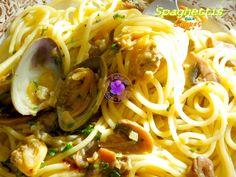 Des spaghettis, des coques, une goutte de vin blanc, du simple, du frais, du bon;