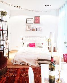 413 vind-ik-leuks, 9 reacties - Emma Peijnenburg (@emmapeijnenburg) op Instagram: 'Come in & cosy up darlin' ♥️ . . . . . . . . #lifestyle #thatsdarling #exploretocreate #thehappynow…'