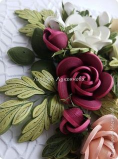 How to make a quilling rose – Simple Craft Ideas How to make a quilling rose – Simple Craft Ideas Children's craft ideas. Volume Flowers in the ideas for simple garden and rock simple and eye-catching cheap sidewalk ideas Paper Quilling Flowers, Quilling Work, Paper Quilling Patterns, Neli Quilling, Origami And Quilling, Paper Flowers Craft, Quilling Paper Craft, Paper Crafts Origami, Stick Wall Art