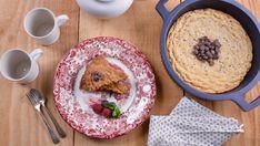 En el capítulo 27 del programa de televisión Cocina de familia T2, la cocinera Elena Aymerich prepara esta Galleta gigante de pepitas de chocolate en la...