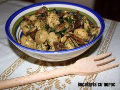 Salata de ciuperci cu usturoi - Bucataria cu noroc Noroc, Kung Pao Chicken, Japchae, Cooking Recipes, Meat, Ethnic Recipes, Food Recipes, Chef Recipes, Recipes