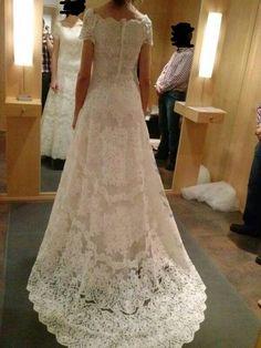 ¡Nuevo vestido publicado!  Pronovias 2012 - T40 ¡por sólo 600€! ¡Ahorra un 60%!   http://www.weddalia.com/es/tienda-vender-vestido-novia/pronovias-2012-t40-2/ #VestidosDeNovia vía www.weddalia.com/es