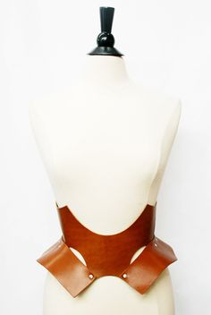 Image of Bat Belt - Honey Brown $325 zana bayne