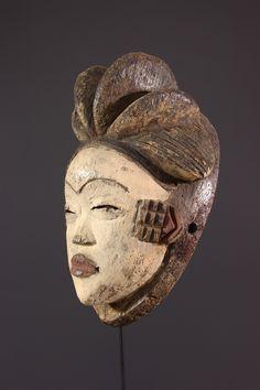 Masque Punu Okuyi - Masque-Africain - Art africain #ArtAfricain #Masques #Punu Art Afro, Afrique Art, Africa People, Art Premier, Statues, African Masks, Sculpture, Tribal Art, My Photos