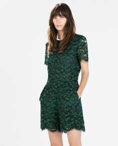 Zara lace jumpsuit Ref. 8130/893 129.00 USD Green lace jumpsuit. Straight cut. Shorts-length with short sleeves. Round neck and a zip closure at the back.