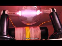 ▶ Rife-Bare Plasma Experiment Destroys Microorganisms (June 28 '07) - YouTube