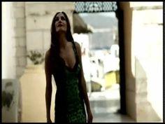 Δέσποινα Βανδή feat. Υποχθόνιος - Έρωτα θέλει η ζωή (Remix) (Despina Vandi feat. Ipohthonios - Erota theli i zoi Remix)