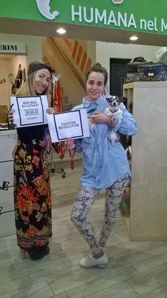 HUMANA supports Fashion Revolution! #FashRev #whomademyclothes #abitusati #vestitiusati #humanavintage #chihafattoituoivestiti #ethicalwear #sustainableclothes #reuse #reduce #rewear #recycle — @ Humana #Vintage Milano.