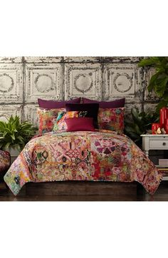 Shop for Tracy Porter Winward Floral Printed Cotton Quilt (Shams Sold Separately). Get free delivery On EVERYTHING* Overstock - Your Online Fashion Bedding Store! Get in rewards with Club O! Tracy Porter, Quilt Bedding, Twin Quilt, Bedspread, Bedding Sets, Queen Quilt, Quilt Sets, Eclectic Decor, Cotton Quilts