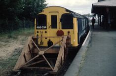 https://flic.kr/p/EYmEuy | 486 034 2XXX 15XX  Shanklin - Ryde Pier Head is seen awaiting departure from Shanklin (15XX) Monday 1st July 1985