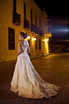 Natalia Araújo Diazgranados wore this Silvia Tcherassi gown for her wedding in Cartagena, Colombia, September of 2011. #bridal #wedding #dress #SilviaTcherassi