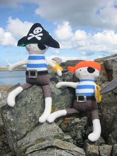 Pirates ready to storm the castle #pirate #doll www.lovelypop.co.uk