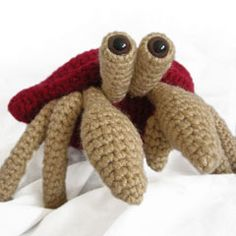 Herman the hermit crab amigurumi crochet pattern by Footloosefriend