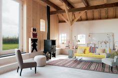 Une pièce à vivre au style hétéroclite