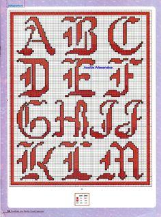 Anaide Ponto Cruz: Gráficos de alfabeto em ponto cruz.