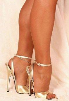The pleasure of high Heels: Golden sandals nude pantyhose High Heels Boots, Open Toe High Heels, Hot High Heels, Platform High Heels, High Heels Stilettos, Ankle Strap Heels, Stiletto Heels, High Sandals, Pantyhose Heels