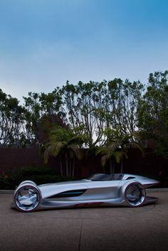 The classic 1930s and 1950s Silver Arrows from Mercedes count as some of the most beautiful racing cars ever designed. But what might a 21st Century version look like? 38-year old Korean-American Hubert Lee - the creative director of Mercedes' LA desig...