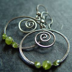 Peridot Spiral - handmade jewelry from the Netherlands