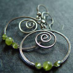 Peridot Spiral - handmade jewelry from the Netherlands