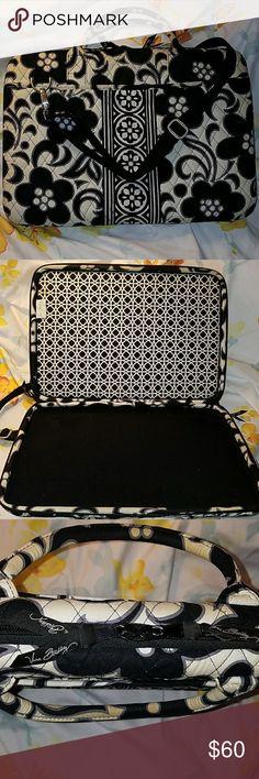 "Vera Bradley 17"" laptop case Stylish and convenient black and cream color Vera Bradley Bags Laptop Bags"