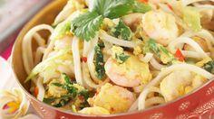 Phat Thai is een soort Thaise bami. http://www.333travel.nl/reisinformatie/landinformatie/thailand/etenendrinken