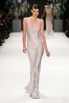 Tuvanam Mercedes-Benz Fashion Week Istanbul Spring-Summer 2014