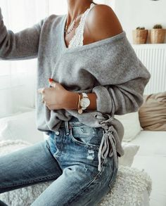 Image uploaded by Indira Mbaya. Find images and videos about fashion, style and outfit on We Heart It - the app to get lost in what you love. Look Fashion, 90s Fashion, Fashion Outfits, Womens Fashion, Catwalk Fashion, Latest Fashion, Girl Fashion, Fashion Trends, Streetwear Mode