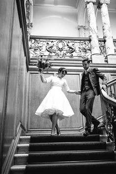 Bride wears a 1950s style wedding dress by Flossy and Dossy   Photography by www.caroweiss.com/